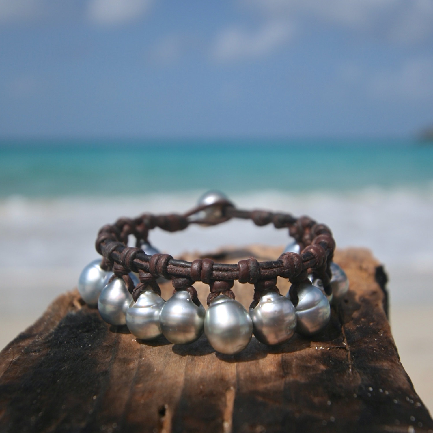 Tahitian pearls charm bracelet on leather for woman, cultured pearls, St Barth jewelry, boho, gypsea, gift for Christmas, bracelet for girl